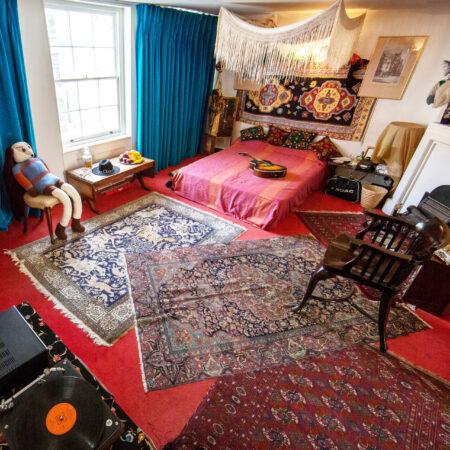 13440-hendrix-flat-handel-hendrix-room